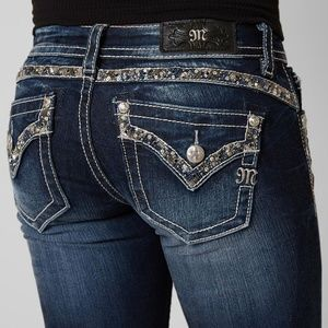 Miss Me, 31, Signature skinny jeans | Buckle